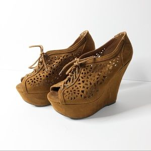 🌸 Speed Limit 98 | Brown high wedge shoes
